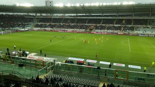Calcio: Il Parma ridimensiona le ambizioni del Toro
