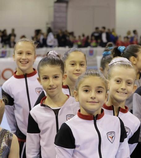 Claire Savoye, Marta Nieroz, Desirée Bieller, Ginevra Grosso e Abigail Martinet