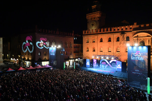 GIRO D'ITALIA: Lanciato il Giro 102 con presentazione di tutte le squadre protagoniste
