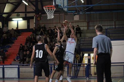 Basket: Serie D, l'Eteila travolge il Montalto Dora
