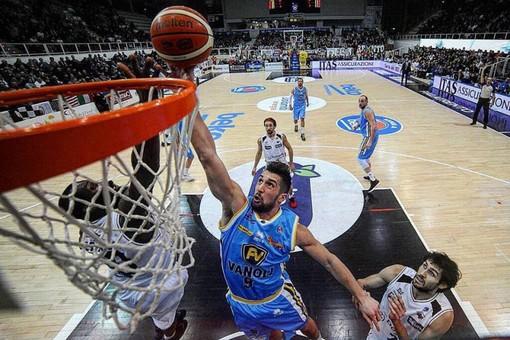 Coronavirus: Sospesi tutti i campionati di basket in Valle