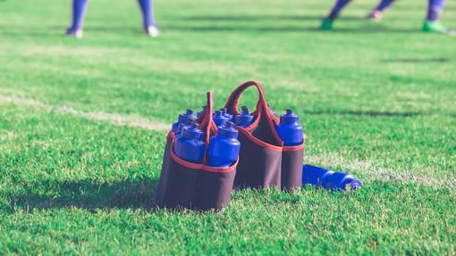 Calcio: Addio kit borracce, saranno singole e tenute distanti dal gruppo