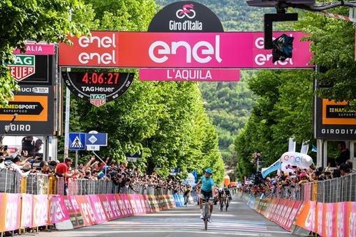 GIRO D'ITALIA:A L'Aquila vince Bibao Valerio Conti ancora in rosa