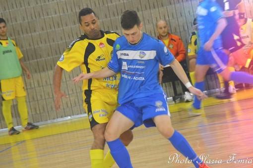 Calcio a 5: Serie B, la capolista Saints Pagnano mette a tappeto l'Aosta