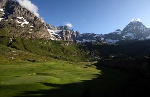 Golf: Grandi campioni e spettacolo al Cervino Open