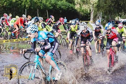 Ciclocross: A Gallipoli Filippo Agostinacchio mette il timbro sul Giro d'Italia