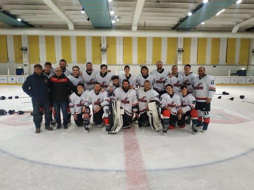 Hochey ghiaccio: Gladiators sconfitti con onore avanti tutta