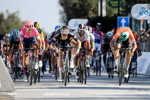 Ciclismo: Tirreno-Adriatico; Tim Merlier firma a Senigalia una volata d'Autore