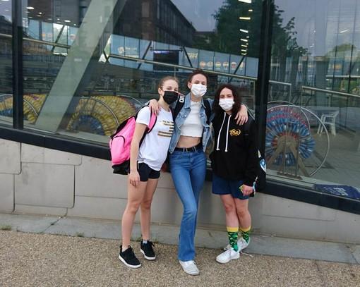 Da sinistra: Lin Pigliacelli, Nicole Louvin e Gaia Cristina Valenti.