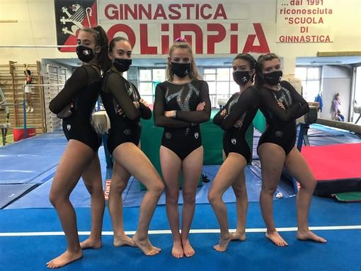Rebecca Sergi, Giulia Chiumello, Serena Molinari, Giada De Gaetano e Sara Delmonte
