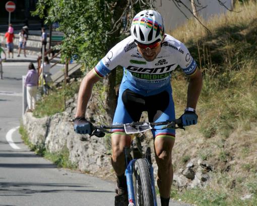 Ciclismo: Al colombiano Leon Paez la GraParadiso Bike