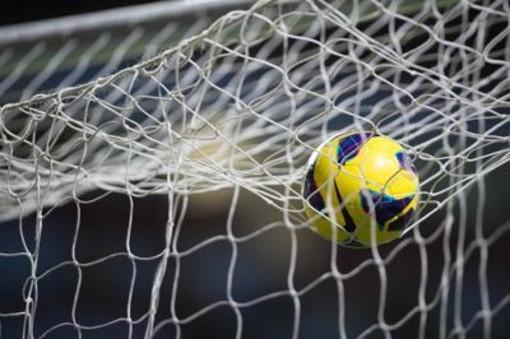 Calcio: Società dilettanti senza soldi per pagare compensi