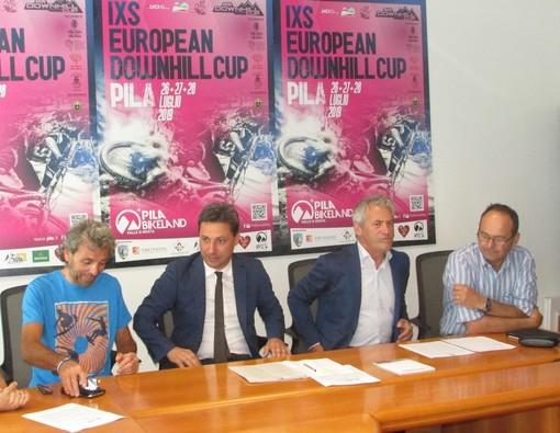 Da sn Paolo Pes, Laurent Vierin, Davide Vuillermoz e Michel Martinet