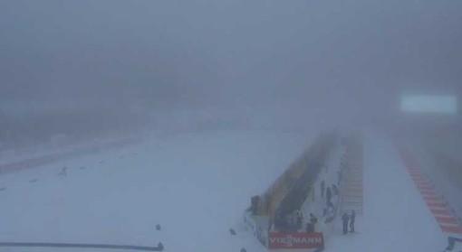 Nebbia a Pokljuka, cancellata l'individuale maschile. Si recupera giovedì 6 dicembre alle 10.15, nel pomeriggio le donne